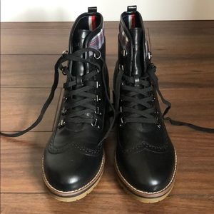 New in box Tommy Hilfiger boots